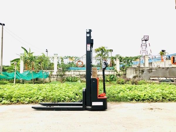 xe-nang-tay -dien-dc-1.5-tan-CDD15J